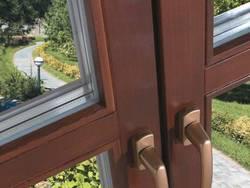 Бесспорные преимущества деревянных окон со стеклопакетом