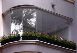 Холодное и теплое остекление балконов и лоджий окнами (алюминий и ПВХ)