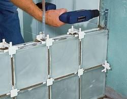 Как правильно класть стеклоблоки, советы по монтажу сткло блоков