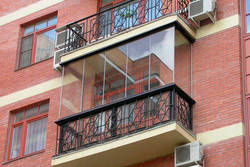 На каком типе остекления балкона остановиться