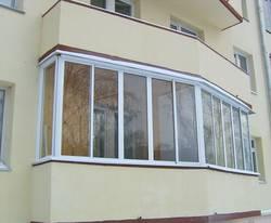 Почему стоит застеклить балкон?