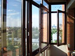Преимущества установки пластиковых окон в квартире