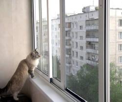 Три способа остекления балкона