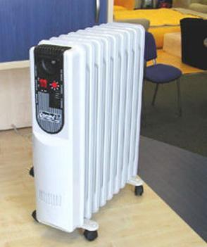 Дом зимой обогревают масляными радиаторами