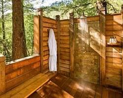 Дачный душ: городской комфорт в загородном доме