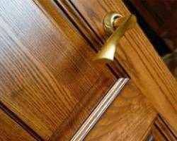 Деревянные двери массив — красота и качество!