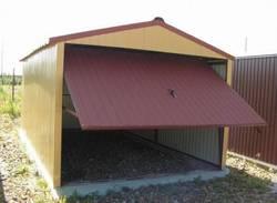 Как построить гараж из профнастила?