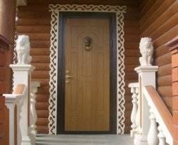 Какие выбрать двери для дачи