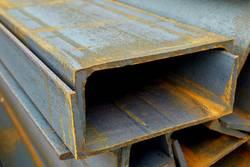 Металлические швеллеры: разновидности и преимущества