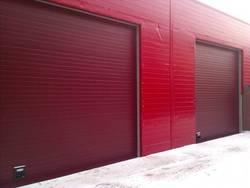 Основные отличия промышленных секционных ворот от гаражных