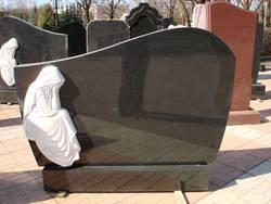 Памятник из гранита: советы по выбору
