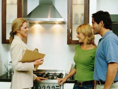 Агентства против собственников: к кому обращаться за жильём?