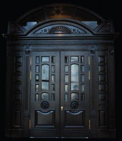 Металлические двери частного дома