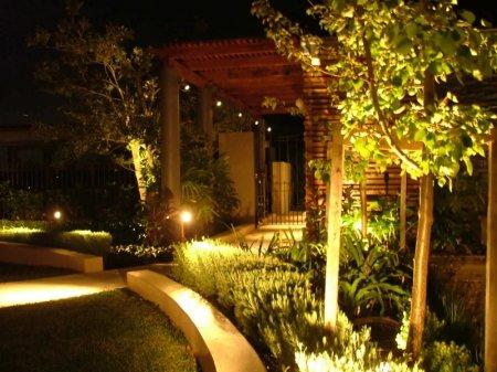 Садово-парковая осветительная система