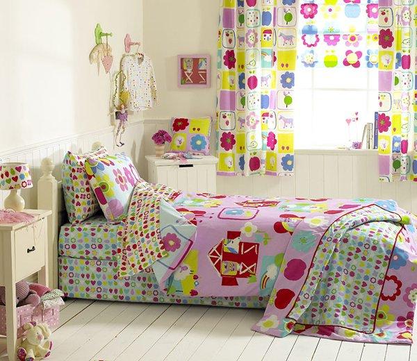 Шторы для детской комнаты: атмосферный декор