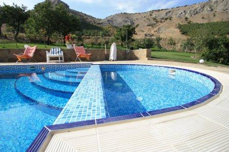 Строительство бассейнов — полезные советы профи