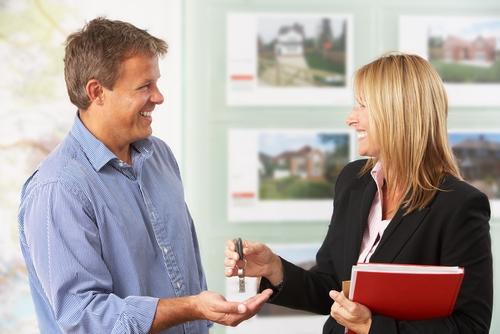 Сделки с недвижимостью – на что обращать внимание?