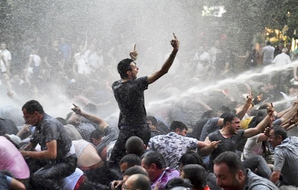 Рост тарифов ЖКХ, уже начались протесты!