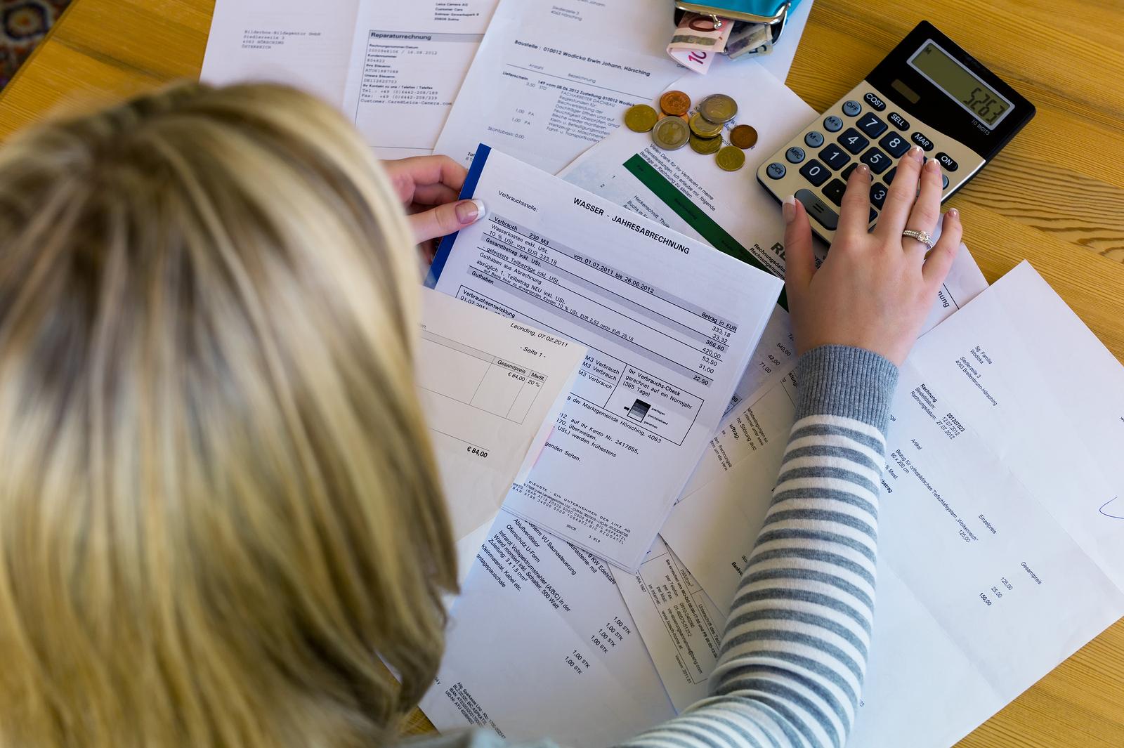 Налог при покупке квартиры: порядок и сроки уплаты, налоговые ставки и советы юристов