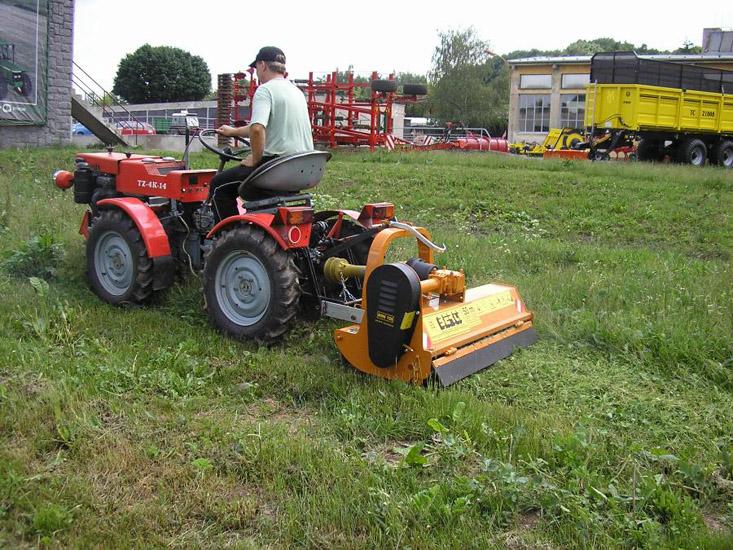 Преимущество использования малых тракторов