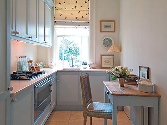Увеличиваем визуально маленькую кухню