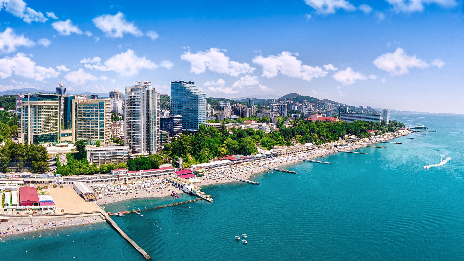 Покупать ли недвижимость на море?